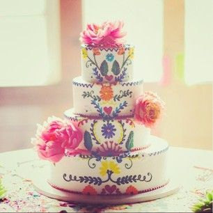 This cake that was all about the detail. | 24 Of The Most Beautiful Wedding Cakes Of 2014