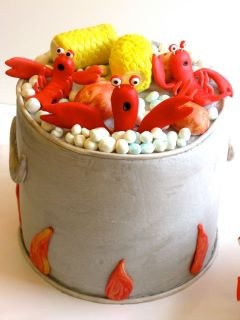 I'm so going to have a lobster party and make this cake! #joescrabshack