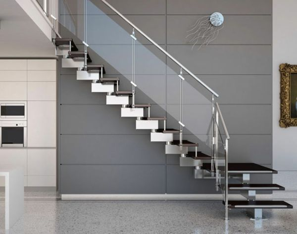 moderne innentreppe design metall schwarze stufen geländer glas