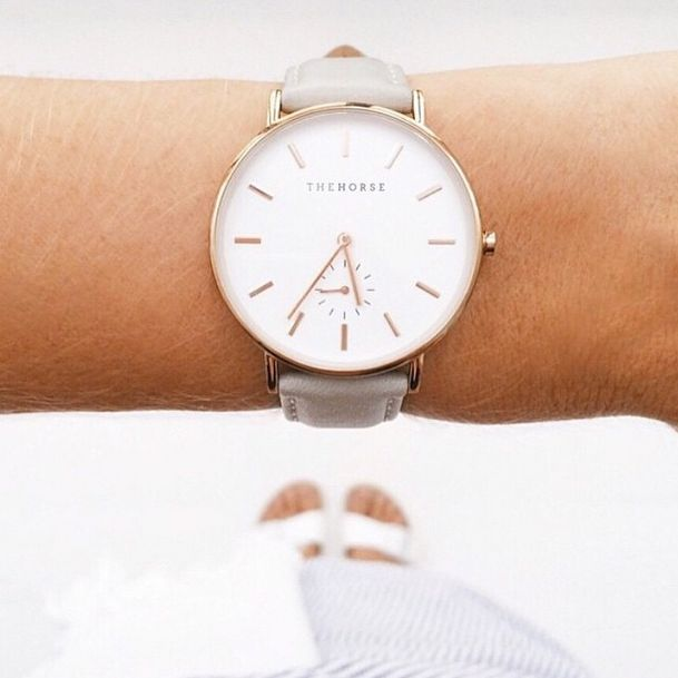 The Classic Timepiece in Rose Gold by The Horse. Image via @yoli_and_otis