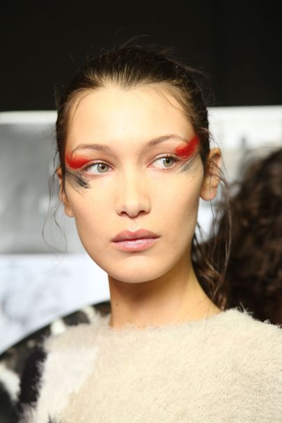 Bella Hadid at Maxmara - Go close-up on the best hair and make-up from the spring/summer 2017 fashion shows in New York, Milan and London.