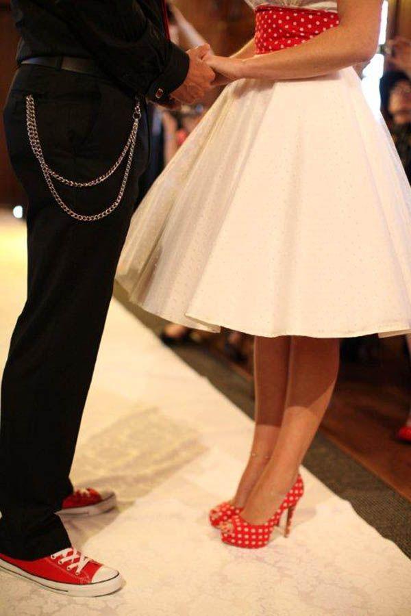 De jolis détails pour un mariage rockabilly jusqu'au bout des pieds !