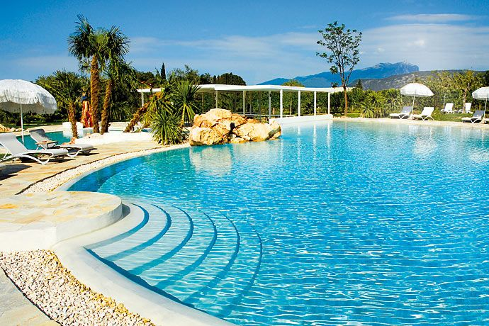 Color Hotel Style and Design - Bardolino, Garda Lake - Gardalake.com