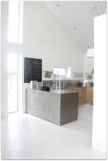 Love this concrete counter
