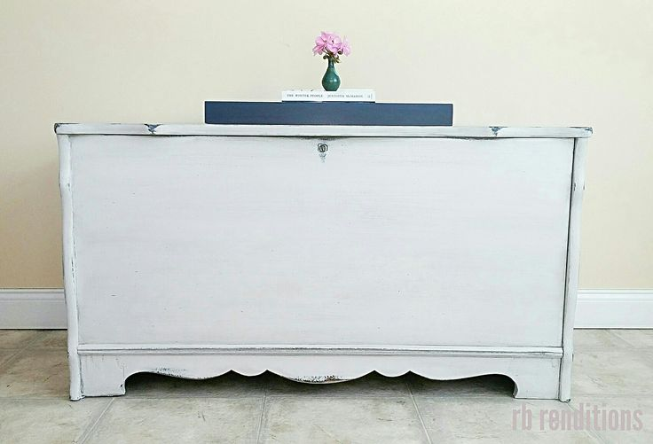 Fusion mineral paint. Lamp white, liberty blue and coal black. Cedar chest. rb renditions