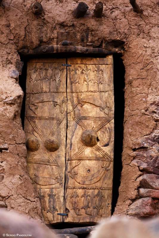 Africa | In the village of Lugapiri. Mali | ©Sergio Pandolfini