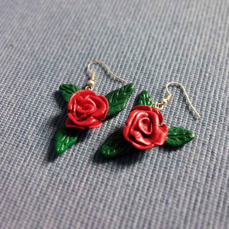 Orecchini pendenti Rose Rosse in fimo, by Nemiart Creazioni, 6,00 € su misshobby.com