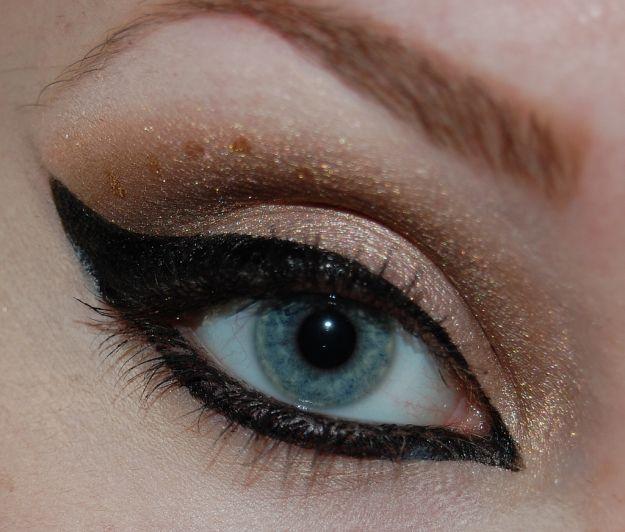 Замечательный восточный макияж для голубых глаз ::: onelady.ru ::: #makeup #eyes #eyemakeup