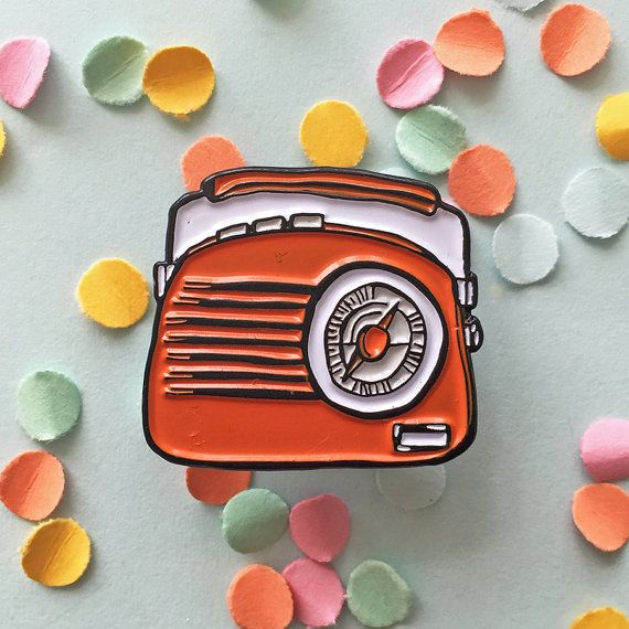 Radio enamel lapel pin badge / radio pin / enamel pin / enamel jewellery / kitsch pin / lapel pin/ pin