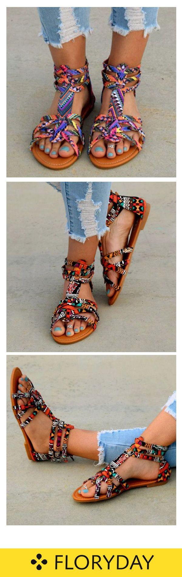 Flache Schuhe mit Reißverschluss