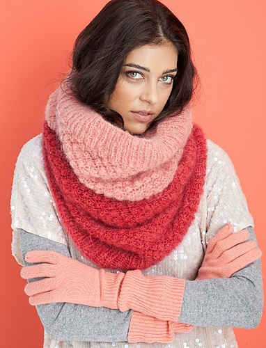 Um, big, delicious, textured cowl by Cathy Carron from the book Cowlgirls.  Did I mention in mohair?