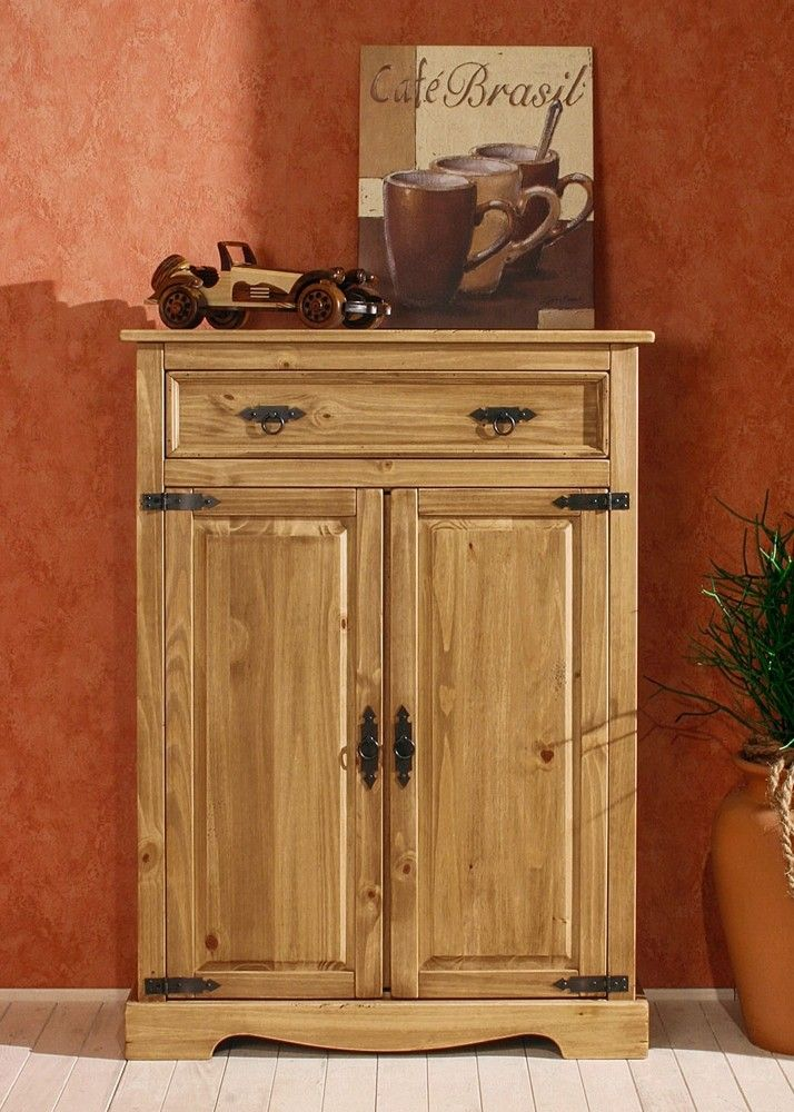 Landhaus Vertiko Mexican Henke Möbel Kiefer Massiv Antik 21098. Buy now at https://www.moebel-wohnbar.de/landhaus-vertiko-mexican-henke-moebel-kiefer-massiv-antik-21098.html