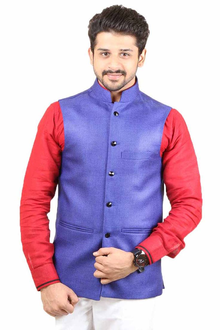 Royal Blue color Modi Jacket is manufactured on Jute fabric. Present first class style with this season's most striking men's wear collection.