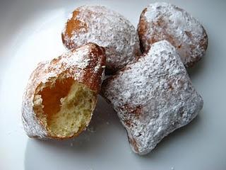 Gogosi - Romanian homemade donuts