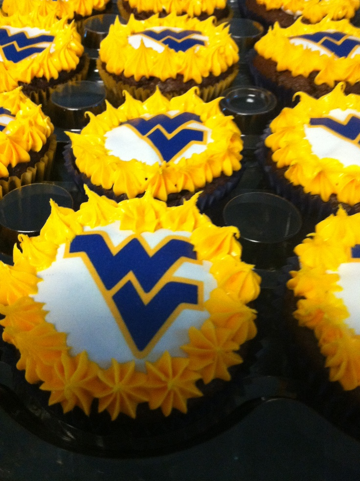 Wvu Cupcakes Would Love To Have These They Look Tasty
