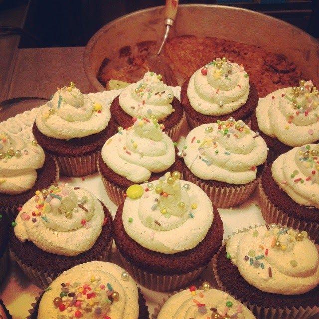 Torte e dolcetti di Rosa: Cupcake al cioccolato e chantilly al pistacchio