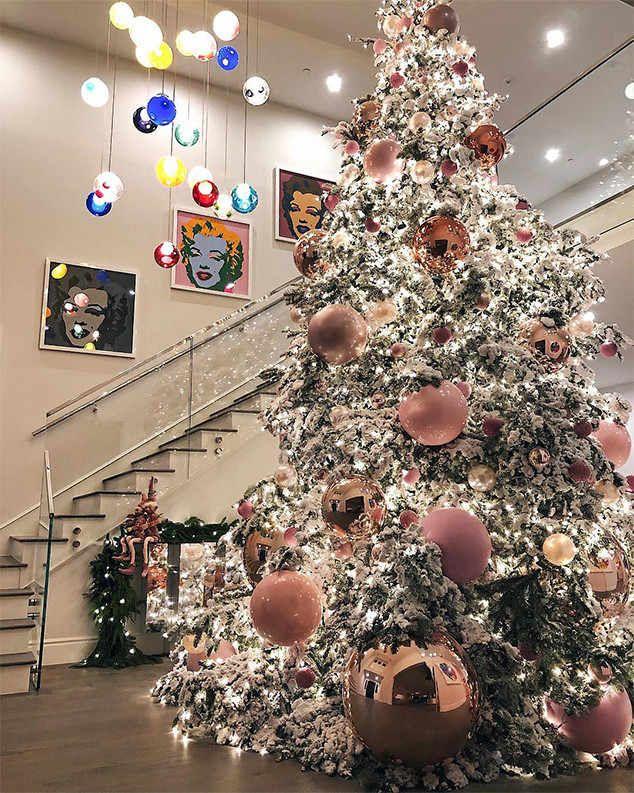 El espectacular #árbol de #Navidad de #KylieJenner