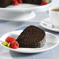 Died and Went to Heaven Chocolate Cake by SPLENDA®