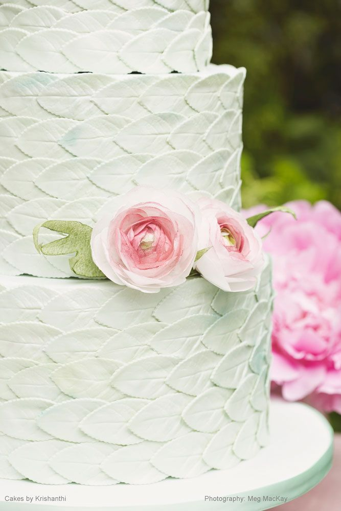 Showcasing original and creative designs, our cakes lookbook is to inspire and excite you on how your cake can perfectly complement your wedding style