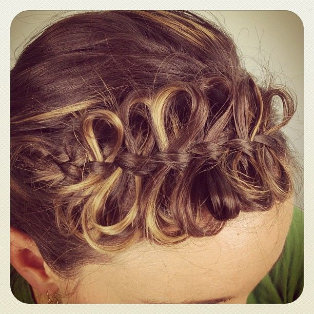 Cute Girls Hairstyles - Front Bow Braid | Cute Braided Hairstyles