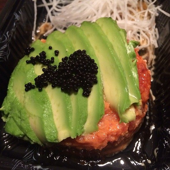 Spicy Tuna & Avocado Bowl @ Taki Sushi