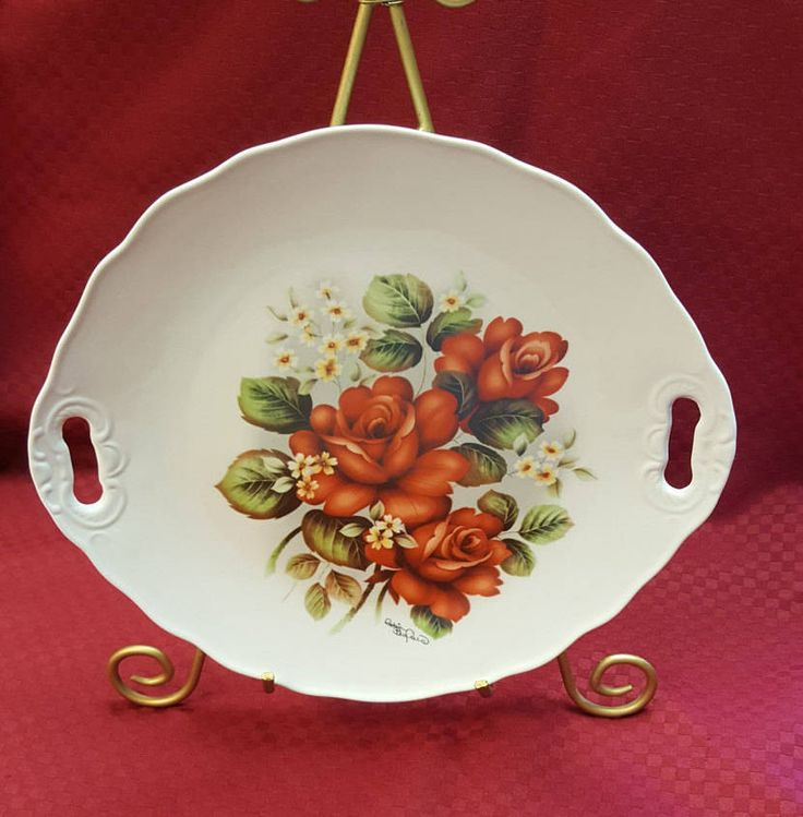 Vintage LARGE Red Rose Porcelain Tray Decorative Handpainted Oval Signed Scalloped Edge Dining Kitchen Home Bedroom Decor TV Movie Prop & 193 best Decorative Plates / Wall Art images on Pinterest ...