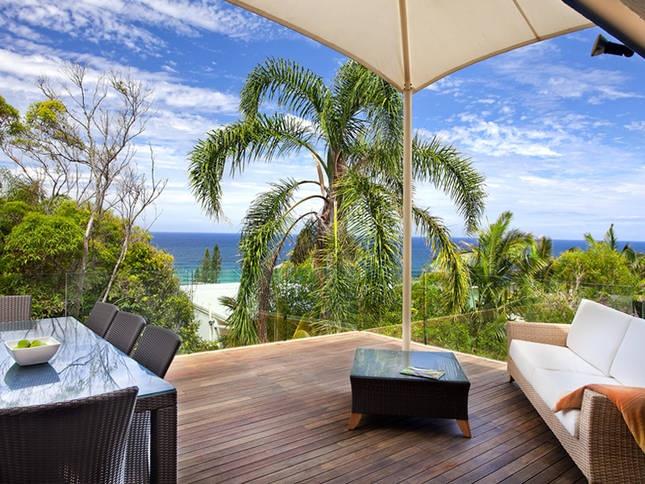 Sunshine Beach House - $301 - 5 bed - sleeps 8