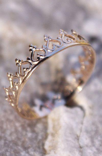 14K Solid Gold Crown Princess Tiara Stacking Ring