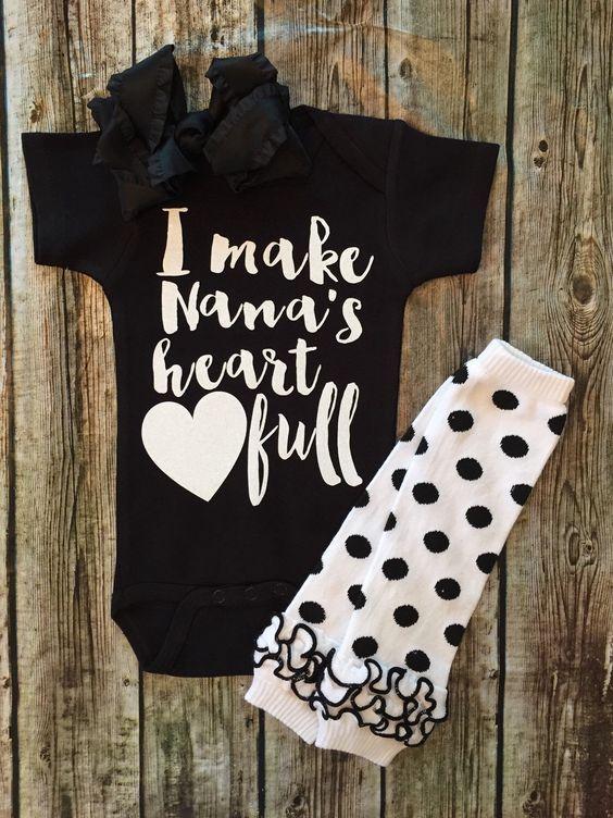 I Make Nana's Heart Full Baby Girl Onesie - BellaPiccoli