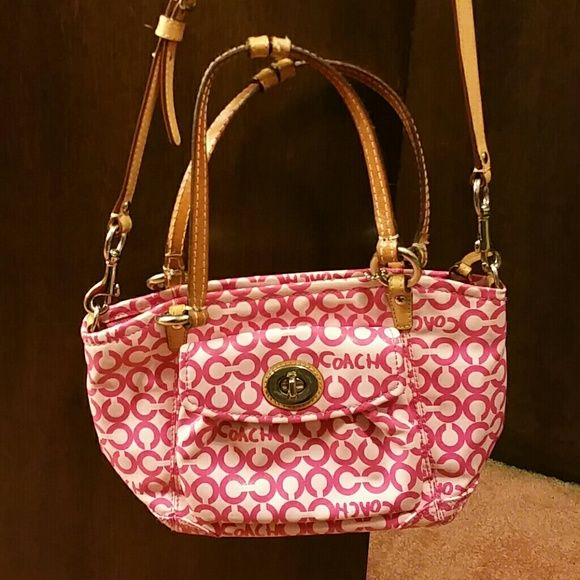 Purse Authentic coach cute little shoulder bag w removable shoulder strap! Little pen mark & stain as shown in pic but other than that in good shape! Coach Bags Shoulder Bags