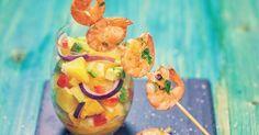 Verrine de salsa d'ananas et mini brochettes de crevettes