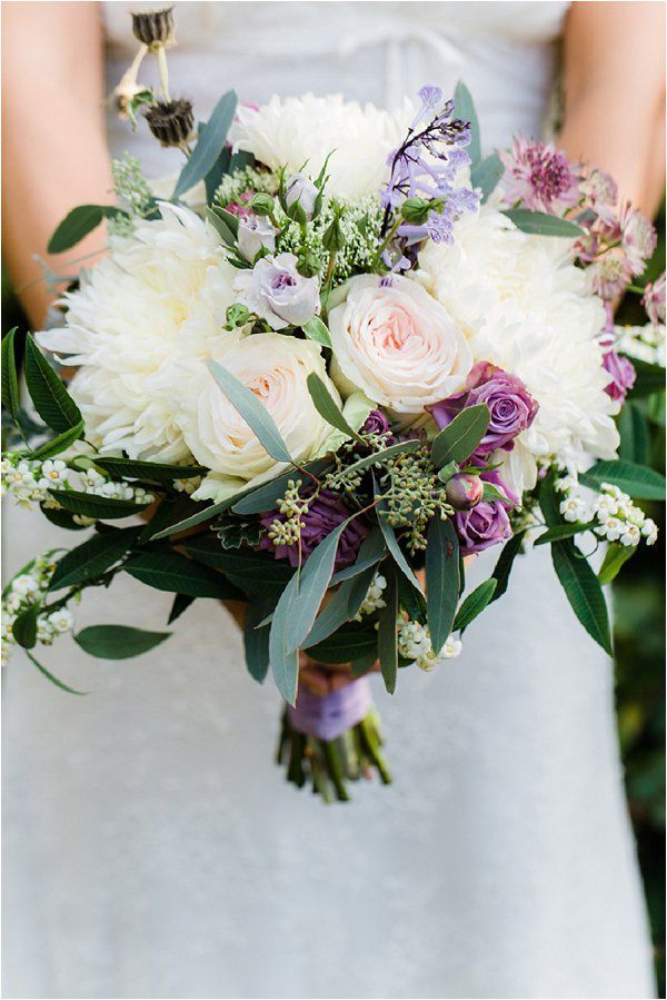 lavender and white wedding bouquet | Image by Anouschka Rokebrand, see more http://goo.gl/NkEpEm