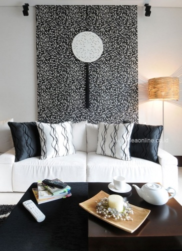 Black & White Background at Living Room. Photographer: iDEA/Dean Martin