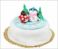 Tort Feerie de iarna: Serveste-l invitatilor tai si lasa-i sa se bucure de gustul proaspat si natural al tortului, precum si de aspectul festiv al acestui preparat de cofetarii Candy Cat!