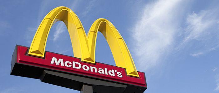 McDonald's: consegne a domicilio e pagamenti via app