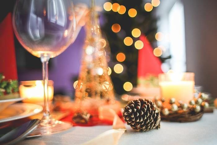 年末のパーティーもそんな人とのつながりを再確認する絶好のチャンスです!お家で小さなパーティーを開くのもいいですね。