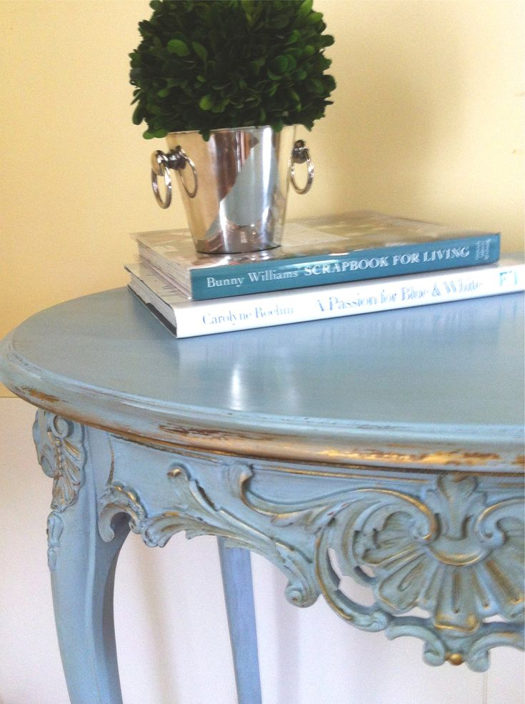 Louis XVI Side Table in Annie Sloan Louis Blue Chalk Paint (no instructions at link, but check out the gilding!)