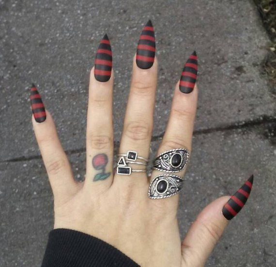 Gothic Black Red Striped Stiletto Nails Halloween Costume Cosplay Claws Press Glue On Acrylic Na Goth Nails Striped Nails Red Stiletto Nails