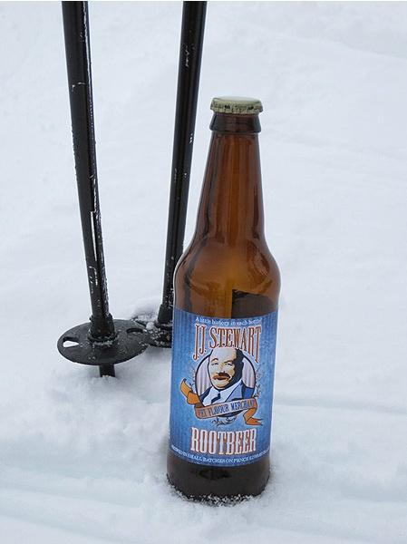 J.J. Stewart #Root #Beer from #PEI. http://www.jjstewartsoda.com/jjstewartsoda/index.php?page=rootbeer