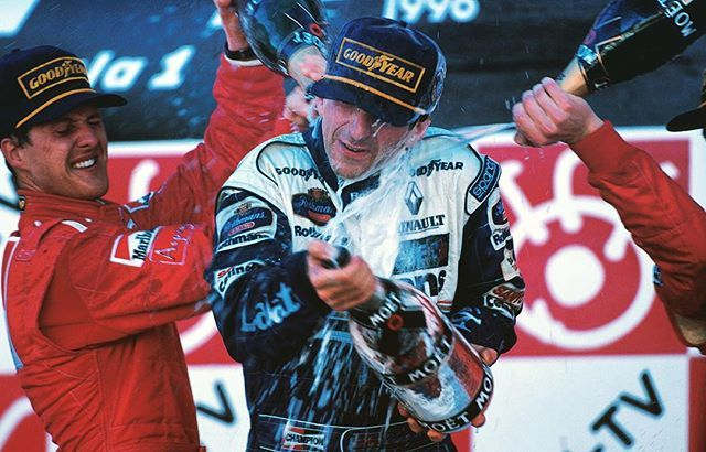 13/10/1996: Bet this moment still gives Damon Hill goosebumps - the Briton was crowned world champion #OnThisDay 20 years ago after winning the #JapaneseGP 🇯🇵 #ThrowbackThursday #Formula1 #F1