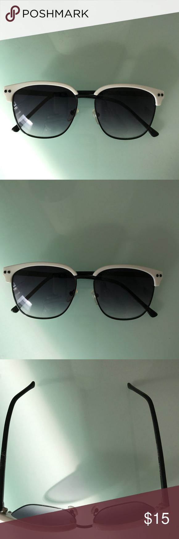 NEW * Sunglasses by NYS ~ CUTE, Brand NEW! NEW * Sunglasses by NYS ~ Super CUTE, Brand NEW! Color: Black & White. From Cabazon Factory Outlet.  Never worn ~ reducing personal collection. Absolutely PERFECT! NYS Accessories Sunglasses