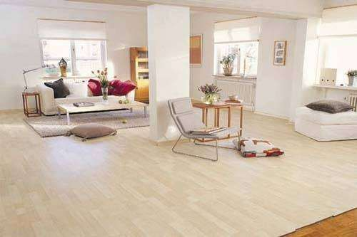 Especilista en instalacion de pisos flotantes (fotolaminado) -
