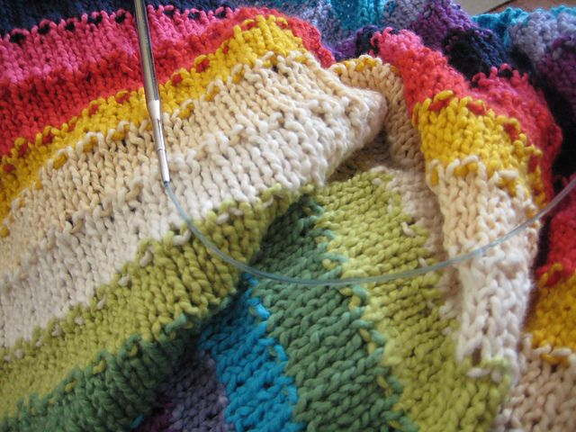 Easy but gorgeous baby blanket, knitted up in cotton. Lovely.