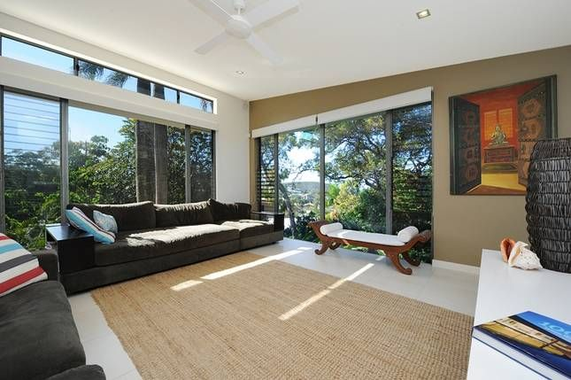 Sunshine Beach House - $580 - 6 bed - sleeps 12