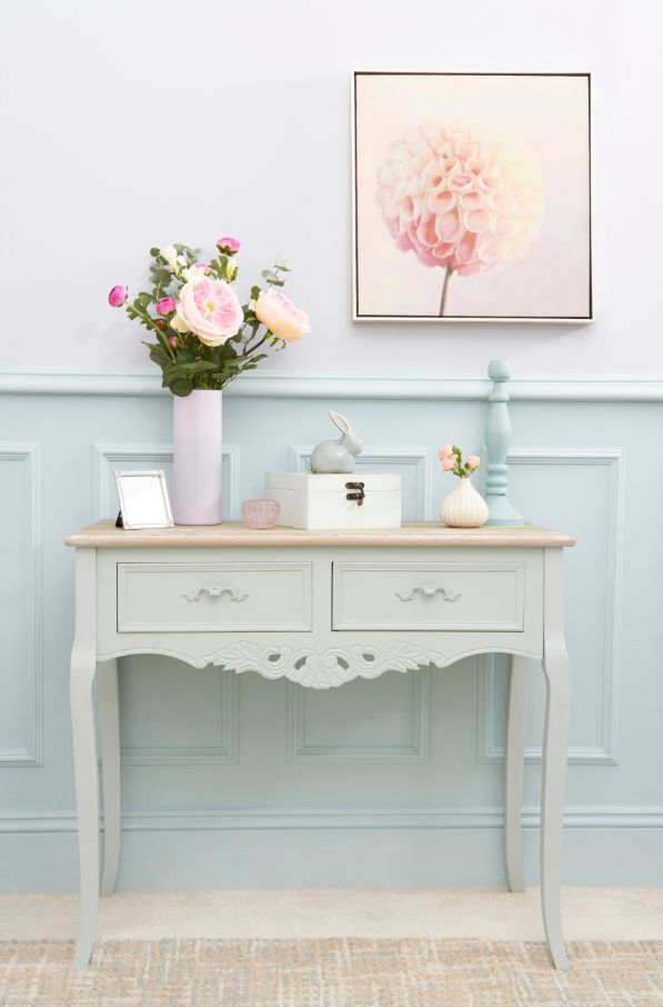 Pretty Pastels Table