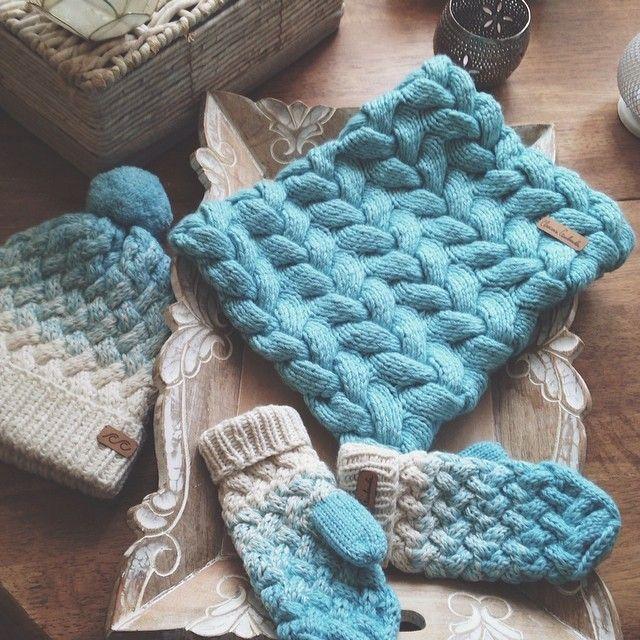 В телефоне столько красоты, не могу не показать  #svetlanaselivanova #knitting