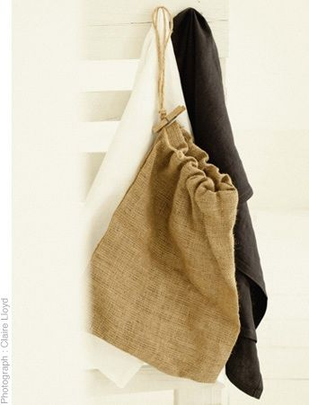 Hessian bag of 48 clothes pegs  www.thestanleysupplystore.com