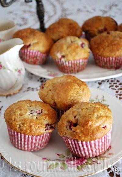 muffins, fraises, yogourt, bananes, cannelle, sans beurre