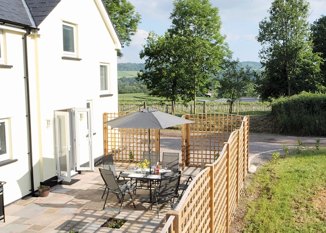 Holiday home close to Monmouth in the beautiful Wye Valley. A kayakers dream. Ancre Hill Cottage, Holiday Cottage in 2ancrehillcottagesancrehilllane, Monmouthshire