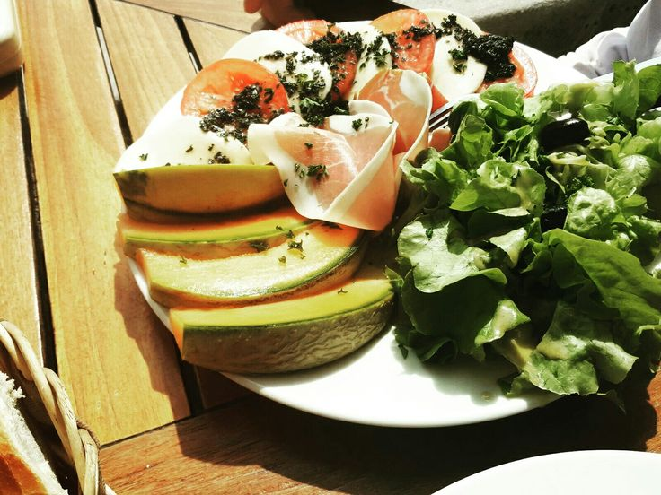 #lunch #salad #healthy #food #fashionblogger #lifestyleblogger
